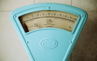 The Battle Between You and the Scale: Understanding Weight Fluctuations